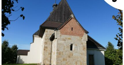 5. Kościół wDziekanowicach – piąta naklejka